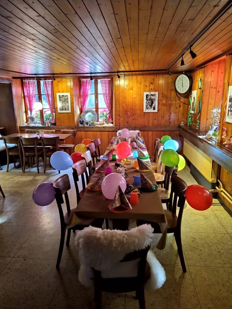 Restaurant Grängjerstuba Grengiols Walliser Spezialitäten Aletsch Goms Kindergeburtstag