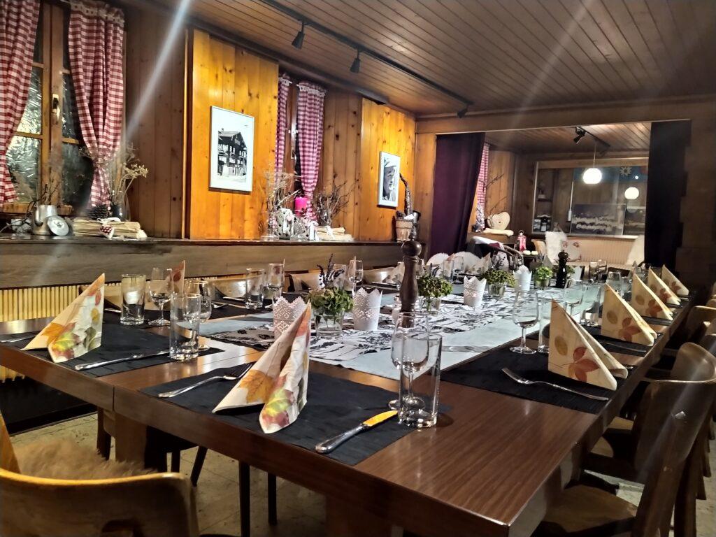 Restaurant Grängjerstuba Grengiols Walliser Spezialitäten Aletsch Goms event lokal quer